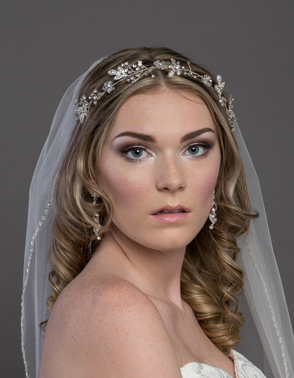 Bridal Classics Headbands & Wreaths T-4301
