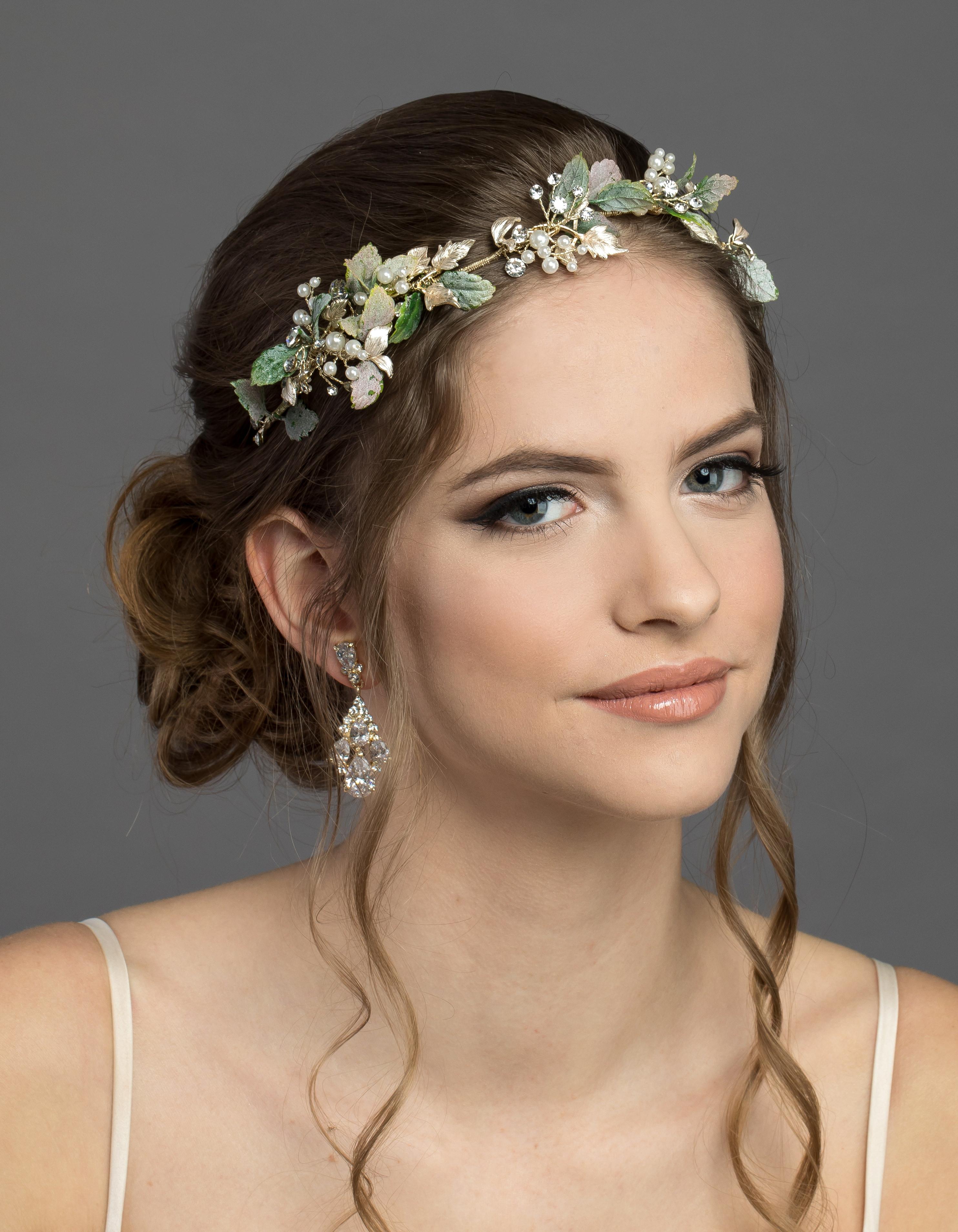 Bridal Classics Headbands, Wreaths & Vines T-4400