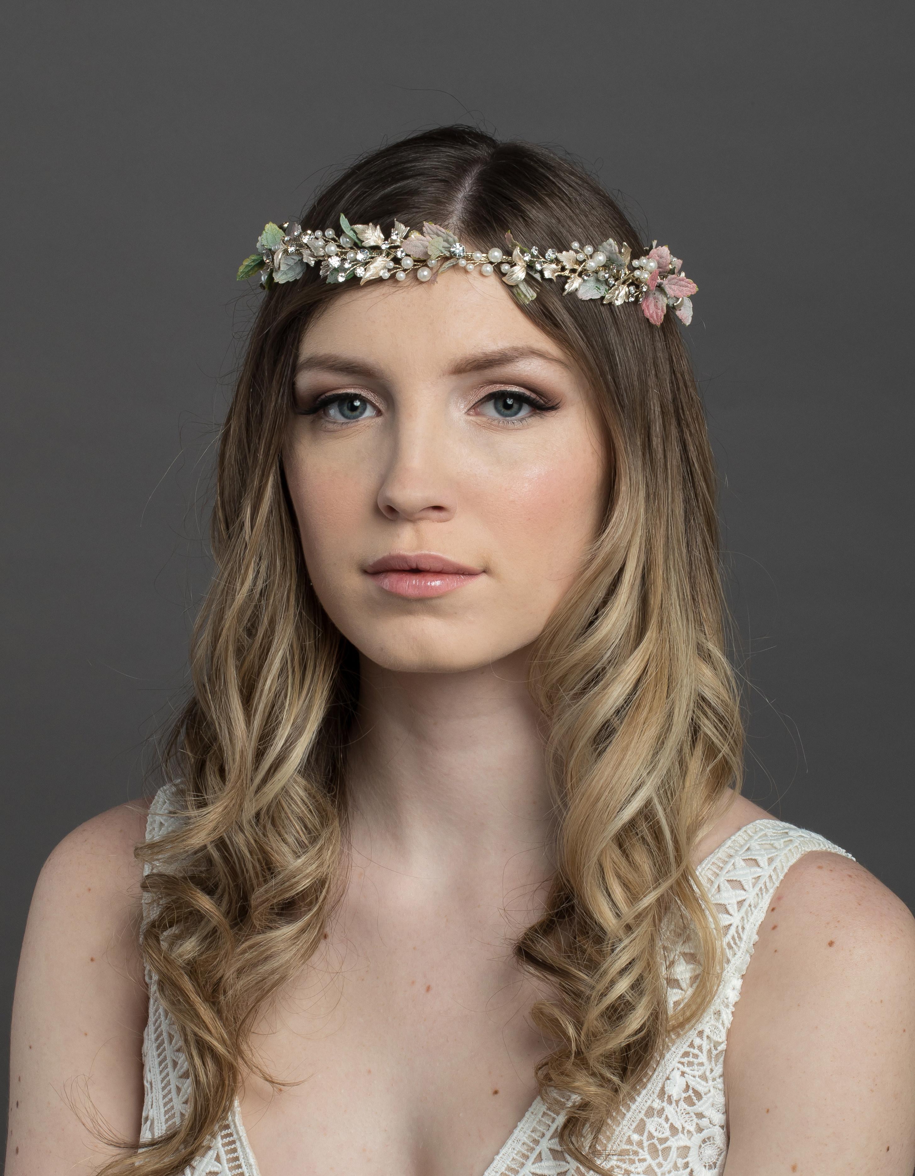 Bridal Classics Headbands, Wreaths & Vines T-4436